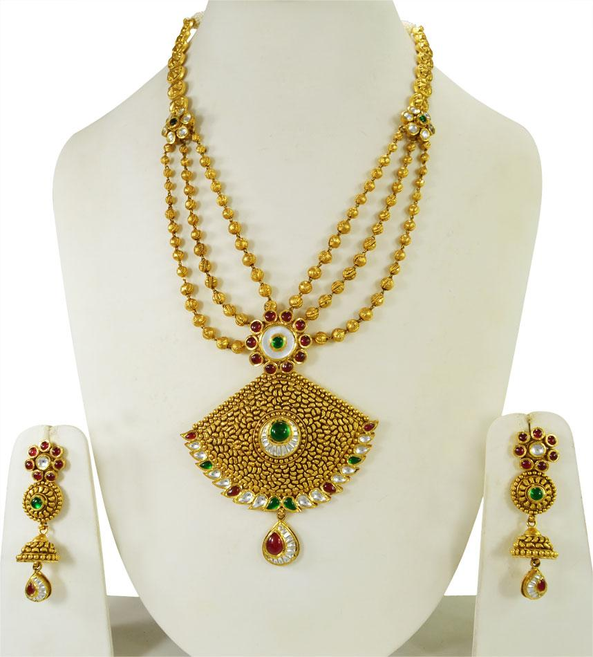 Kundan Jewelry Set: 22K Gold Kundan Bridal Necklace Set